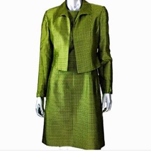 Silk Green Houndstooth 2 Piece Suit by Kay Unger⭐️
